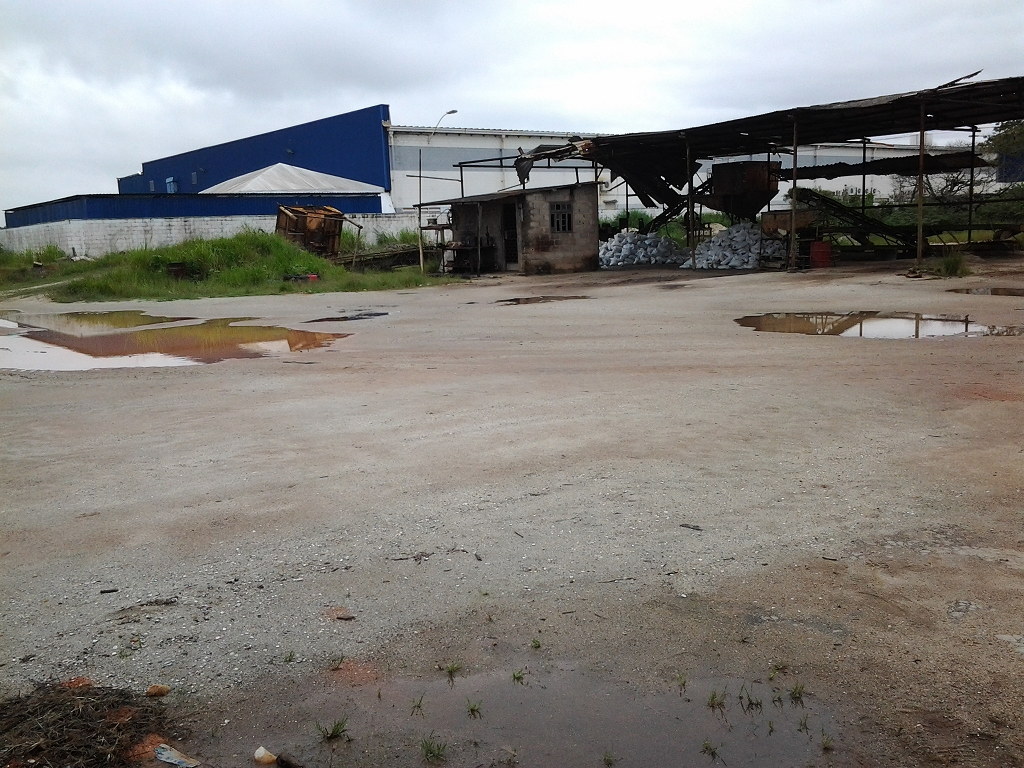 Lote/Terreno em Lagomar  -  Macaé - RJ